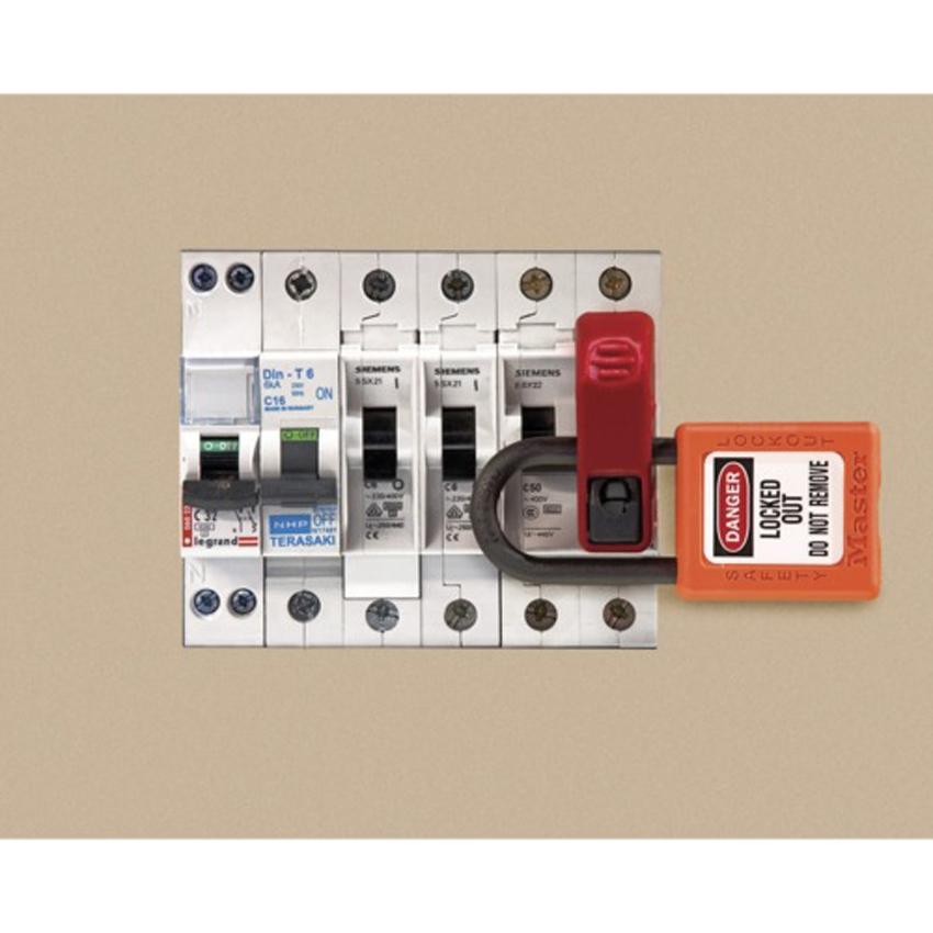disjoncteur electrique disjoncteur tarif jaune a pd ka fde general electric avec dclencheur. Black Bedroom Furniture Sets. Home Design Ideas